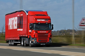 Plan and execute complex transport operations in the most profitable way