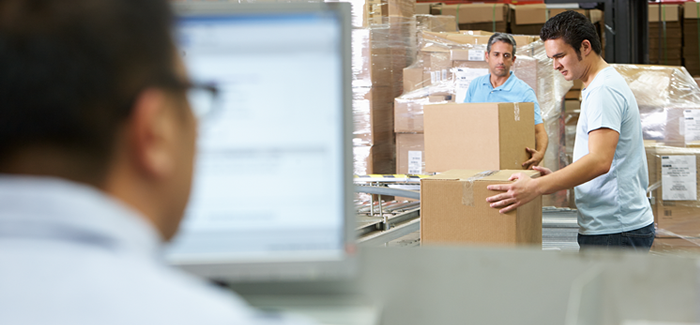 What new challenges will warehouse management software face in 2016?